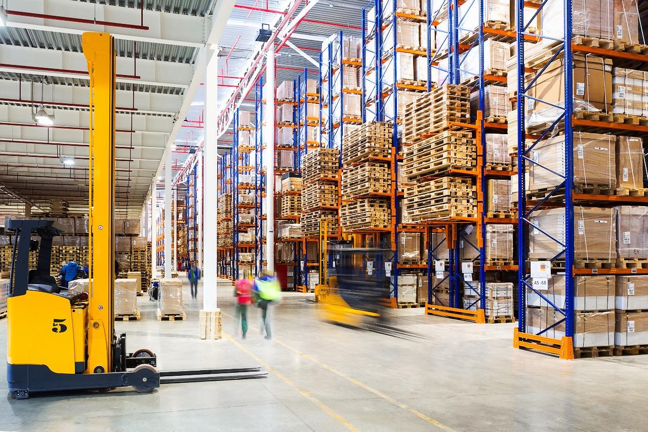 warehousing adapting ecommerce